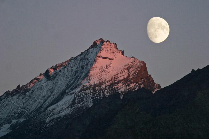 Vittorio-Puggioni-La-Grivola-e-la-luna-6827